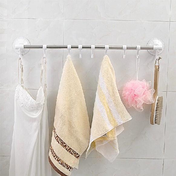 Картинки по запросу планка с крючками настенный на присосках в ванную